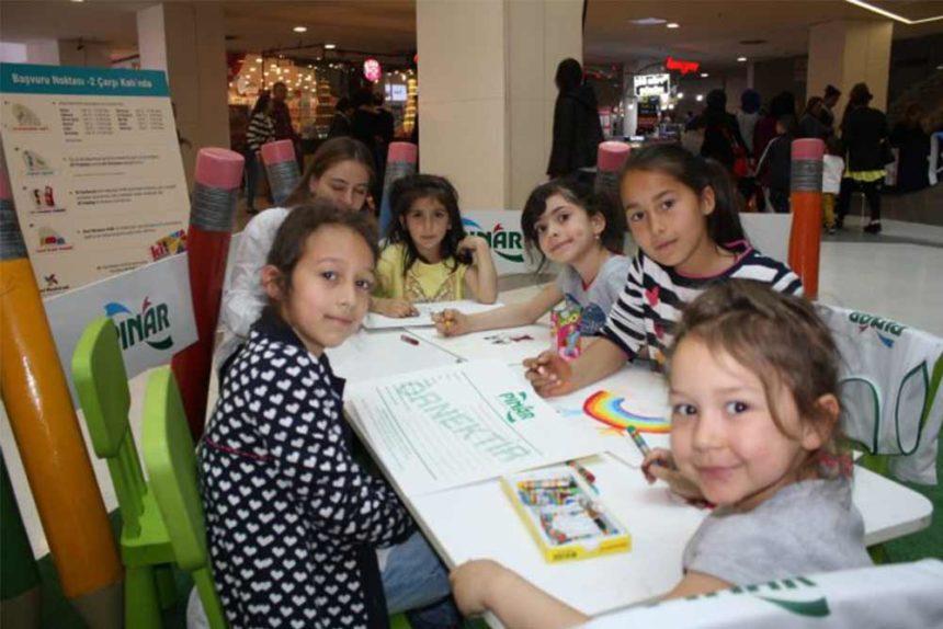 Pınar Çocuk Resim Atölyesi Kent Meydanı AVM'de Bursalı Çocuklarla Buluştu